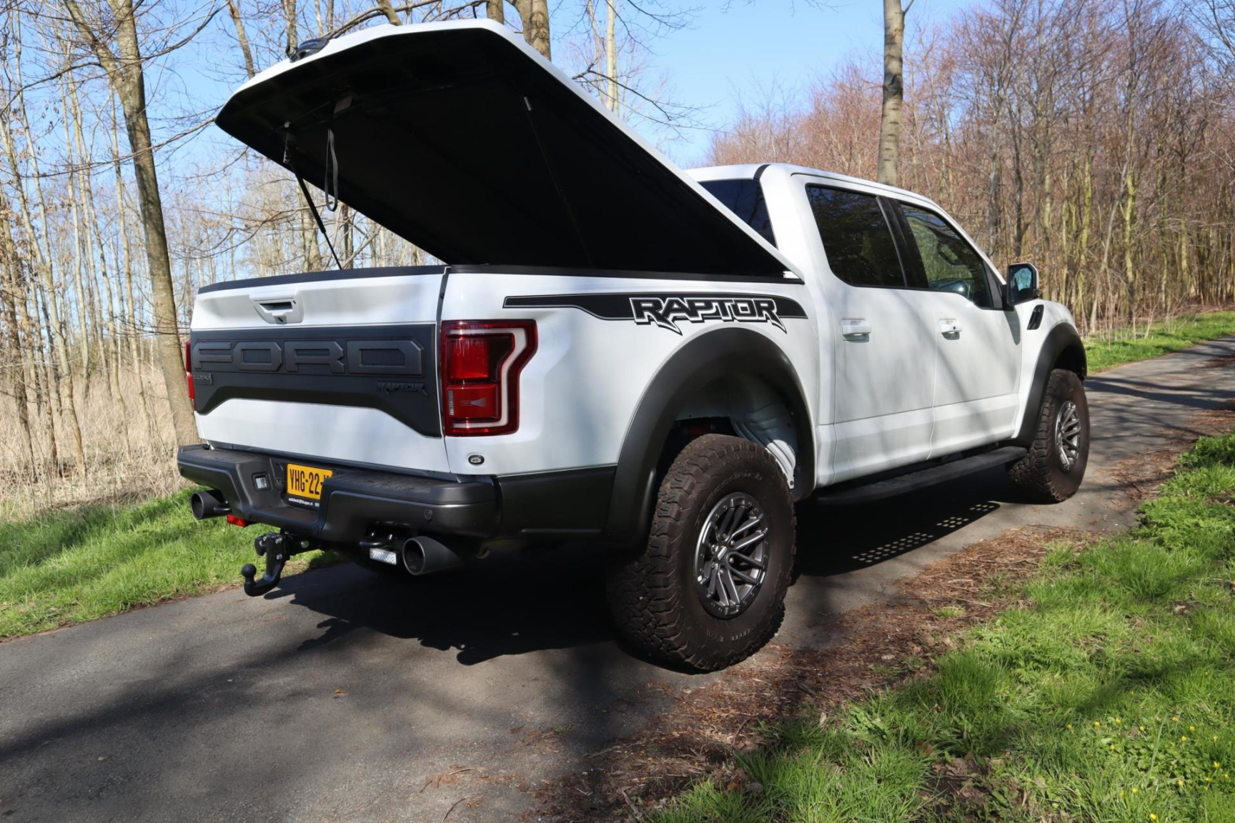 Ford USA-F-150-64