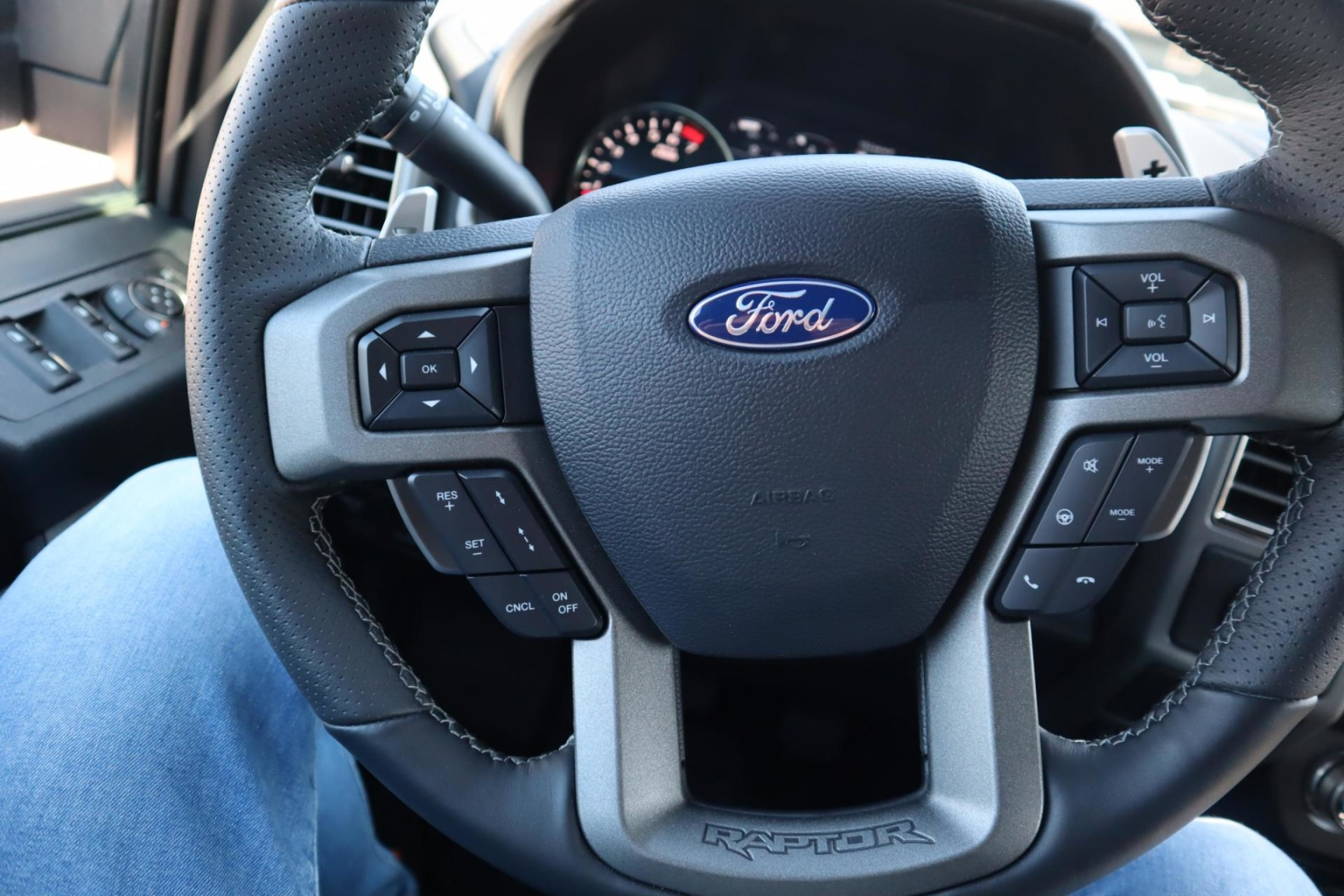 Ford USA-F-150-20