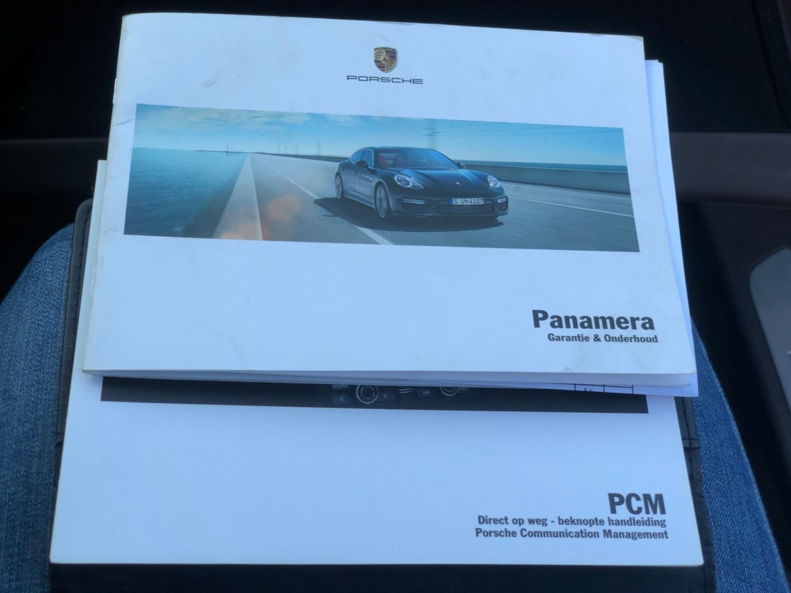 Porsche-Panamera-29