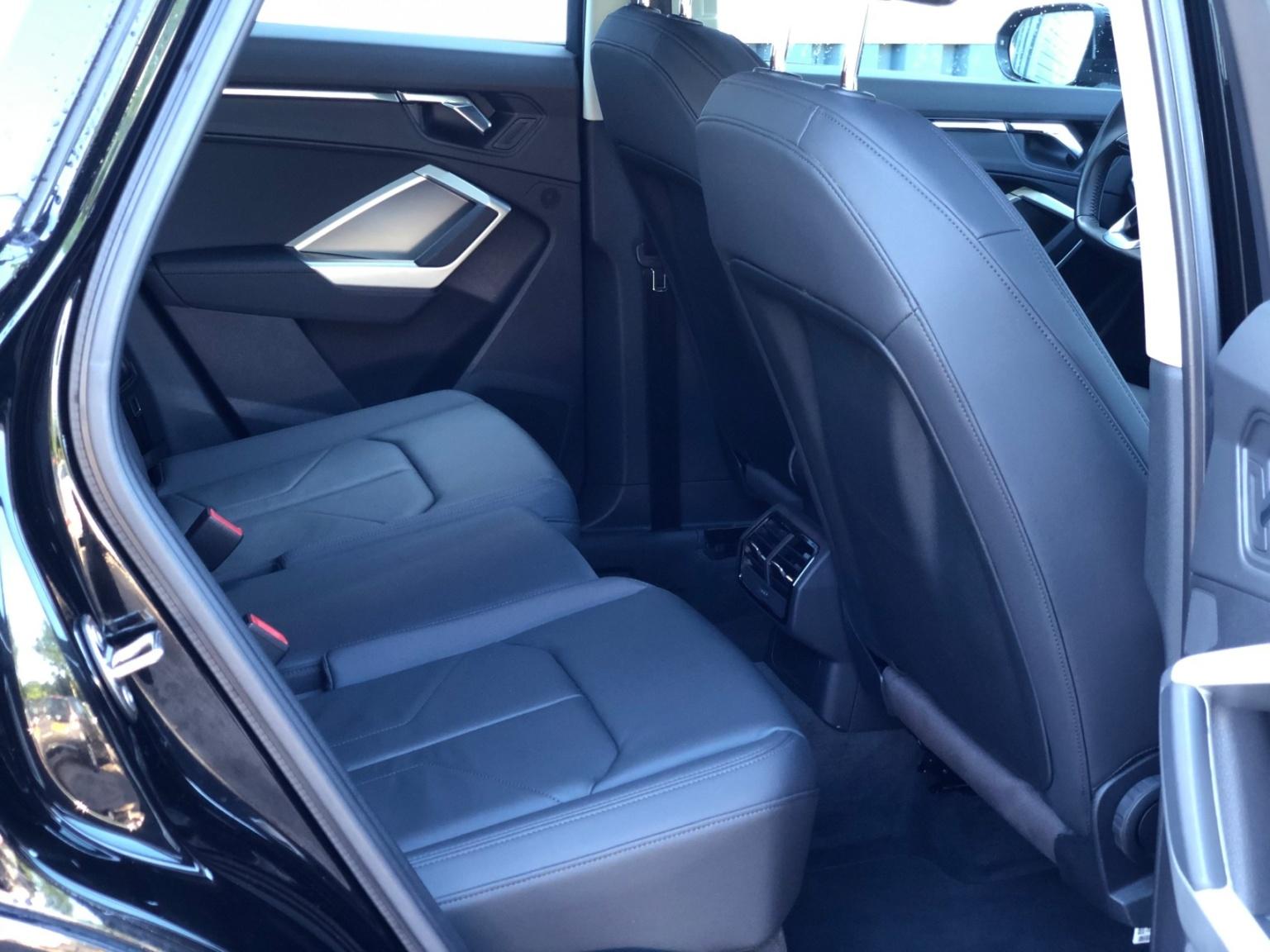Audi-Q3-22